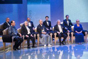 Лауреаты Премии Тан в сентябре 2014 года (слева-направо:  Элби Сакс, Юй Инши, Тасуку Хондзё, Джеймс Эллисон, Гру Харлем Брундтланд
